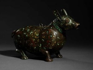 bronze-figur-of-a-tapir
