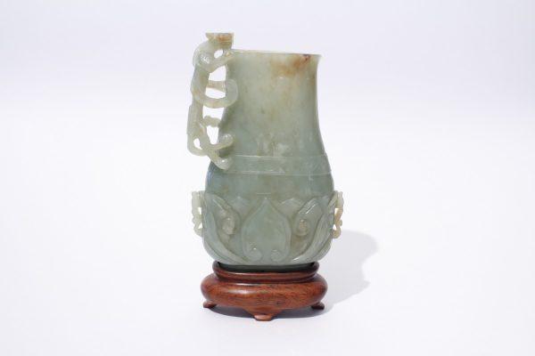 An archaistic jade 'lotus' vase