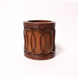 A bamboo brush pot with oval application