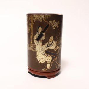 A Yuan-style gilt-painted bamboo brush pot