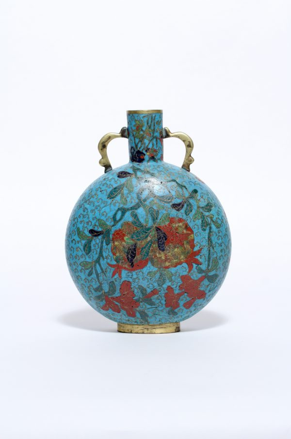A pilgrim flask 'baoyueping' on oval foot-ring (Ming dynasty, first half 17th century)