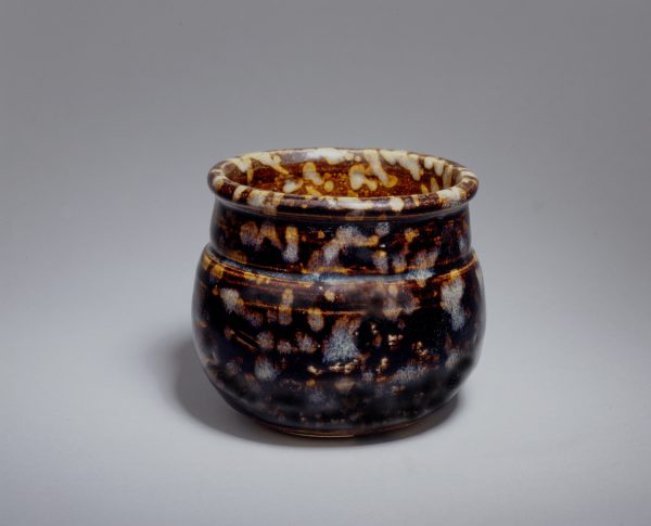 A small Jizhou jar with tortoiseshell glaze (Southern Song dynasty, 12th-13th century)